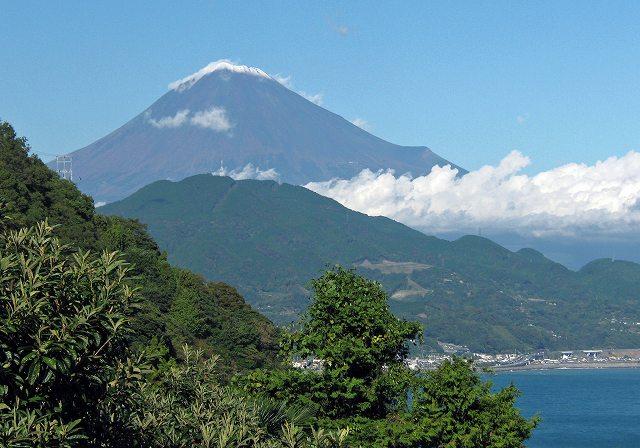 45.由比へ戻る途中の富士山1