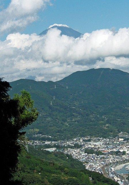 68.西倉沢農道からの富士山1