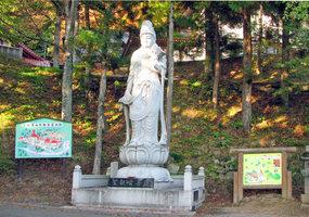 011_53.聖観音菩薩石像