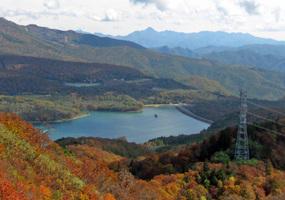 025_24.玉原湖と皇海山展望@山頂