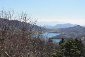 23野反湖と榛名山