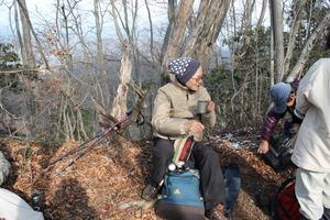 33笠山にて昼食2