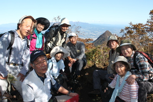 21雌崖山頂にて1