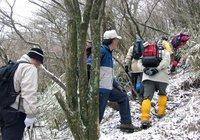 14climbing_to_kamiyama2.jpg